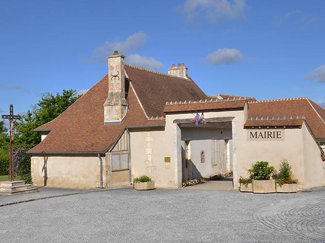 Mairie de Saint-Eloy-de-Gy (18)